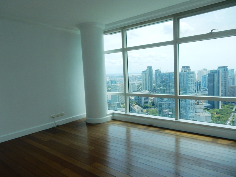 One-Roxas-Triangle-Condo-For-Rent -makati-4-bedrooms-