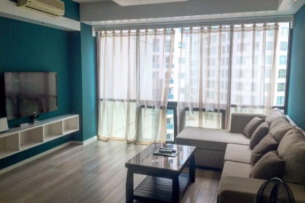 Bonifacio Ridge 2 br condo Furnished for rent inside BGC