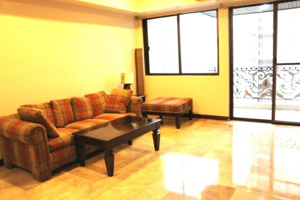Crown Tower 2 bedroom apartment for rent furnished Makati