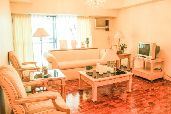 for-rent-2-bedrooms-grand-tower-condo-rent-salcedo-village-makati-