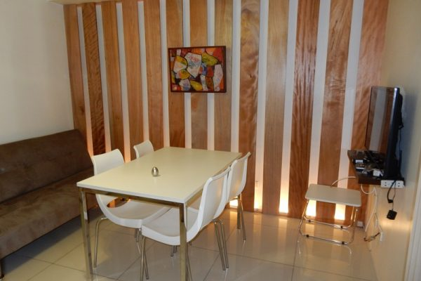jazz-residences-2-bedrooms-staff-house-condo-rent-makati-