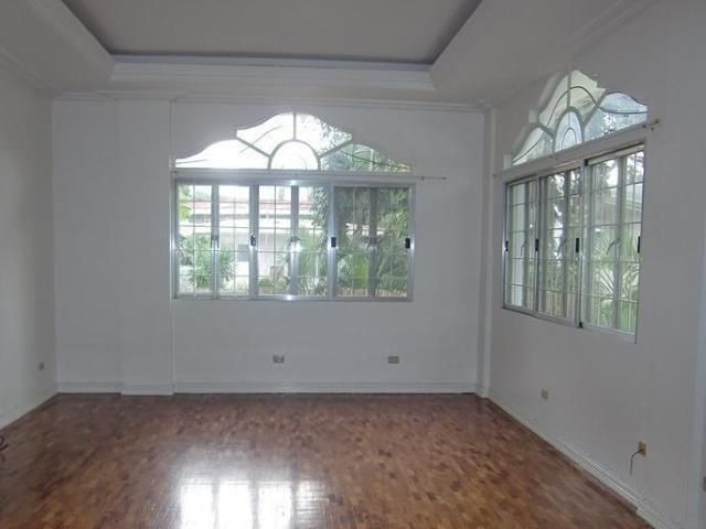 makati-semi-furnished-house-for-rent-in-san-lorenzo-village-6