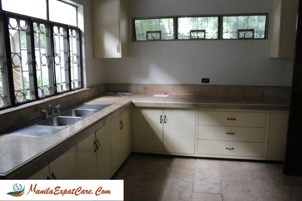 HOUSE FOR RENT IN SAN LORENZO VILLAGE MAKATI CITY