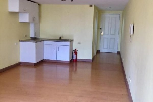 Studio Unit for sale at Elizabeth Place Salcedo Village Makati – Philippines