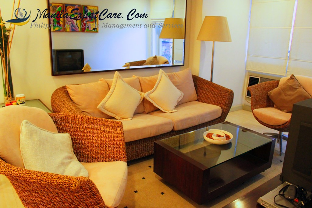 Le Domaine: 1 bedroom condo for rent in Salcedo, Makati
