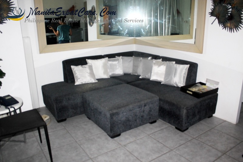 BSA Suites rent furnished 1 BR condo in Legaspi Village, Makati Condo