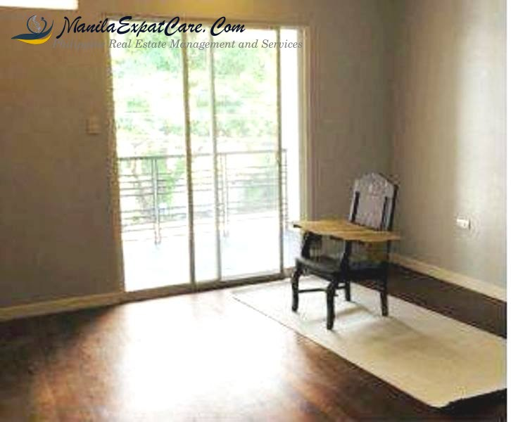 TOWN HOUSE for LEASE at PALM VILLAGE, Makati City unfurnished