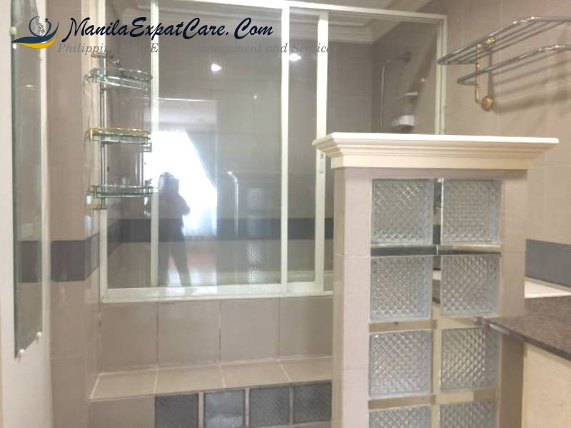 fully-furnished-2-bedrooms-in-makati-condo-for-rent-2