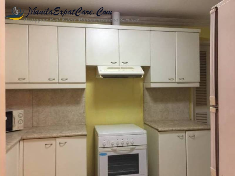 fully-furnished-2-bedrooms-in-makati-condo-for-rent-4