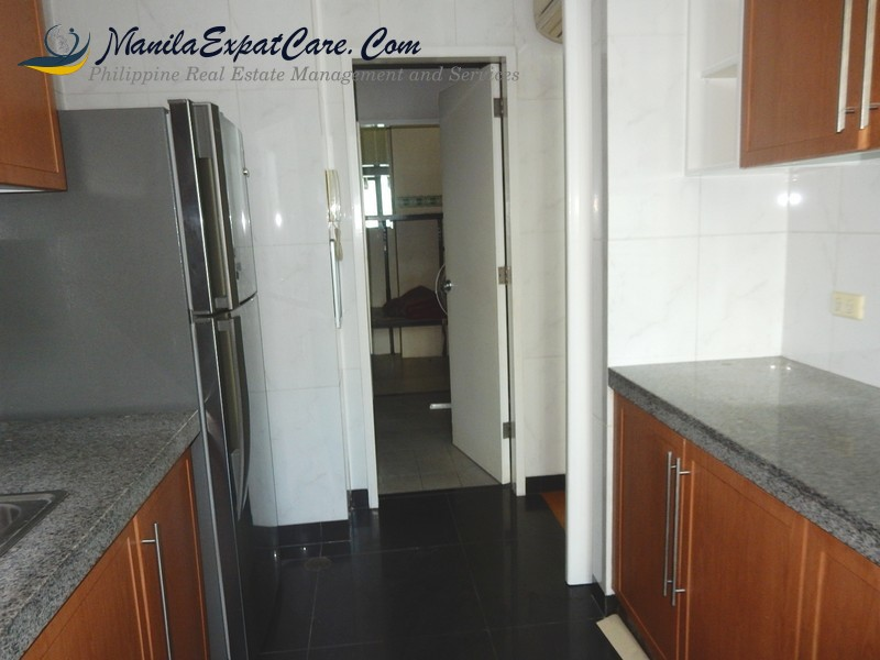 Shang grand tower - 2 Bedroom Condominium for SALE in Makati