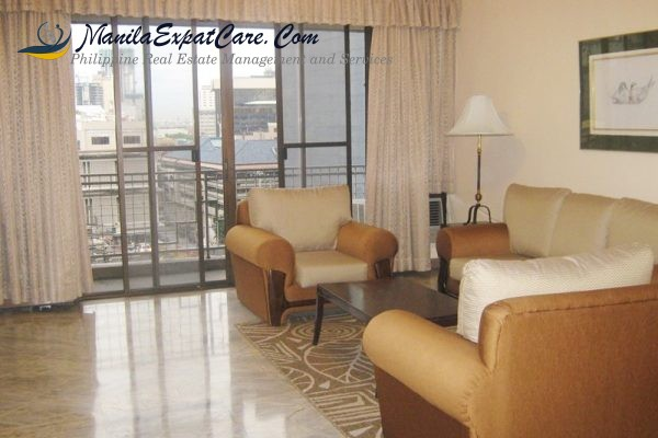 skyland plaza condo for rent 3 bedrooms,fully furnished in makati