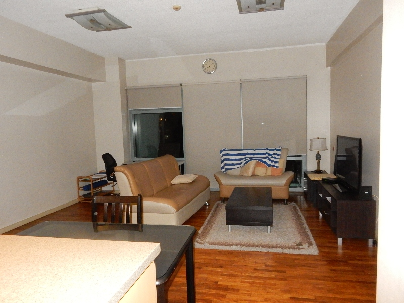 One Legaspi Park 1Bedroom - Condominium in Legazpi Village, Makati City