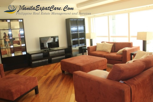 3 BR For Rent at Fraser Place Located At Salcedo Village, fully furnished makati