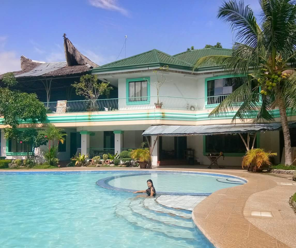 Dumaguete House and Lot for sale with swimming pool - Dumagute Homes