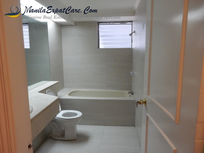 Grand-Tower-2-bedrooms-fully-furnished-Salcedo-Village-Apartments-Makati-7