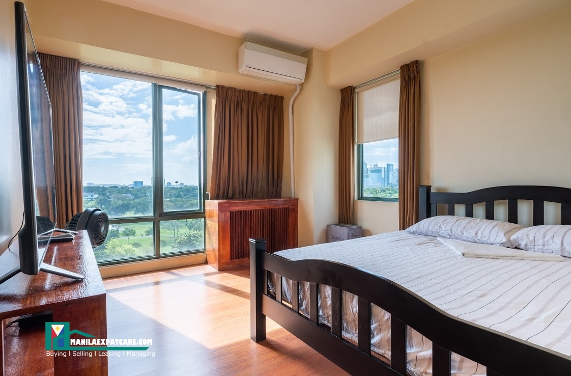Bellagio, BGC Taguig 2 Bedroom condo for sale golf view