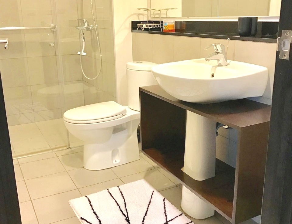 FOR LEASE ONE SERENDRA WEST TOWER 2BR fort bonifacio bgc taguig