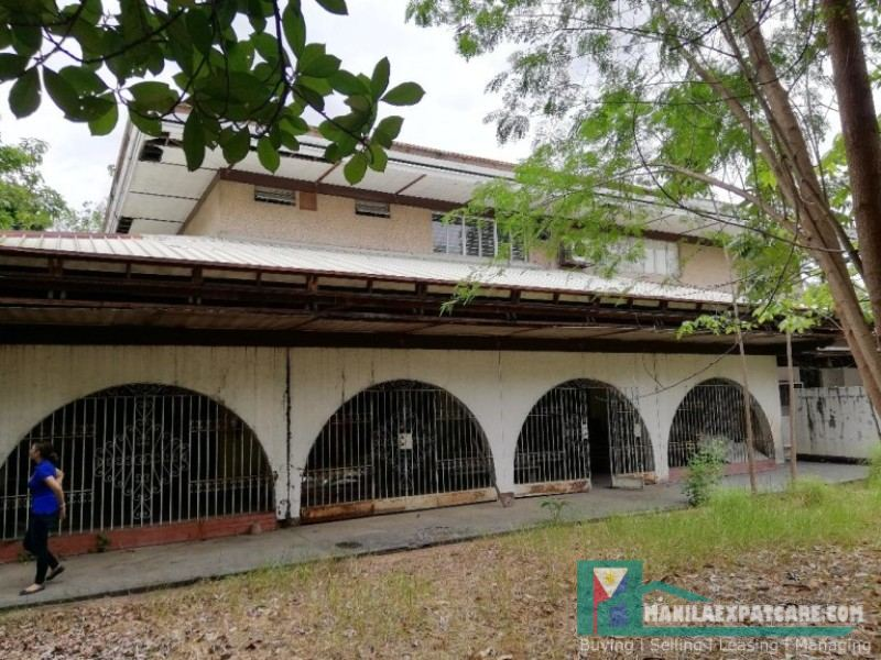 Dasmarinas Village House and Lot for Sale - Buy Homes 2 storey