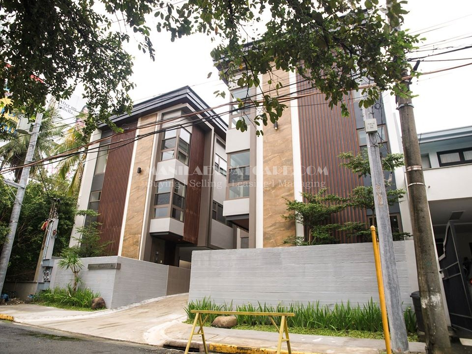 Modern townhouse for sale in Makati City 3 bedrooms home Rockwell