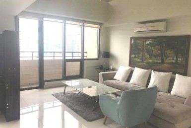 Mosaic Penthouse 3 bedrooms Greenbelt condominiums in Legazpi Makati