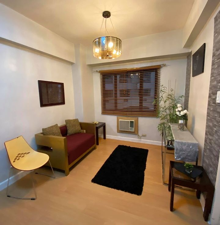 Taguig City 1BR Condo for Rent in Forbeswood Heights, BGC