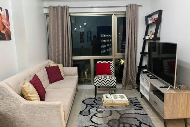 Forbeswood Parklane BGC for lease furnished in Taguig City