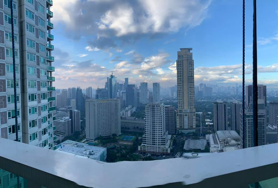 Park Terraces Makati 3bedrooms FOR SALE semi furnished high floor