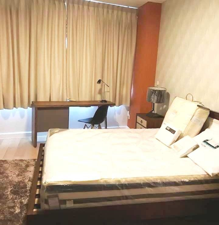 Park Terraces flex room Point Tower 1BR condo for RENT Makati