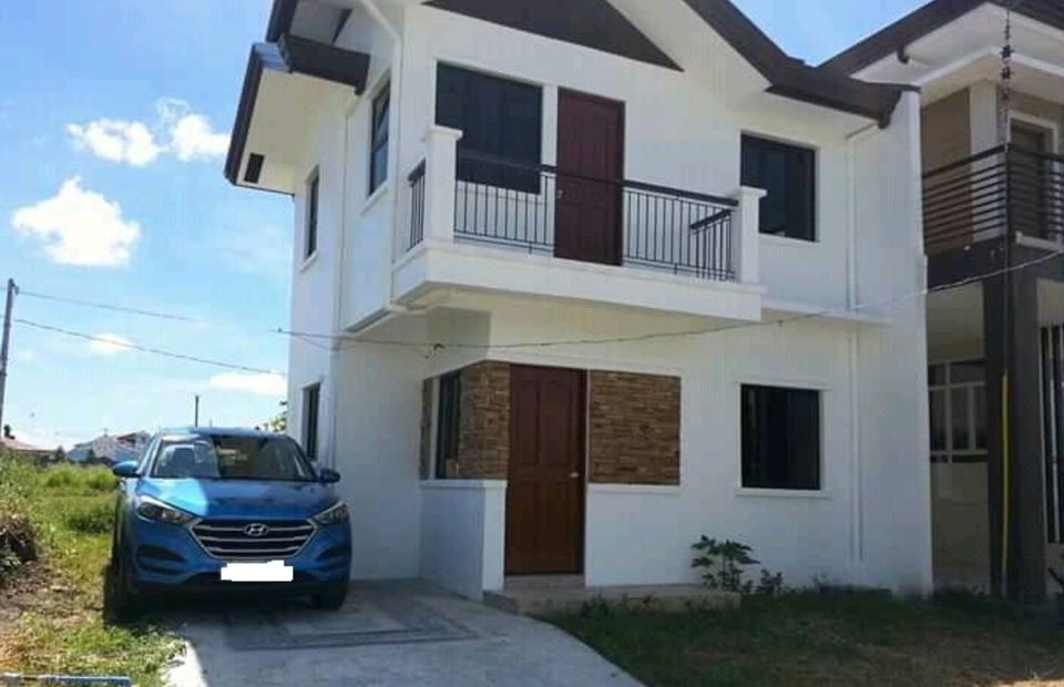 Antel Grand Village house for sale in Cavit City RFO