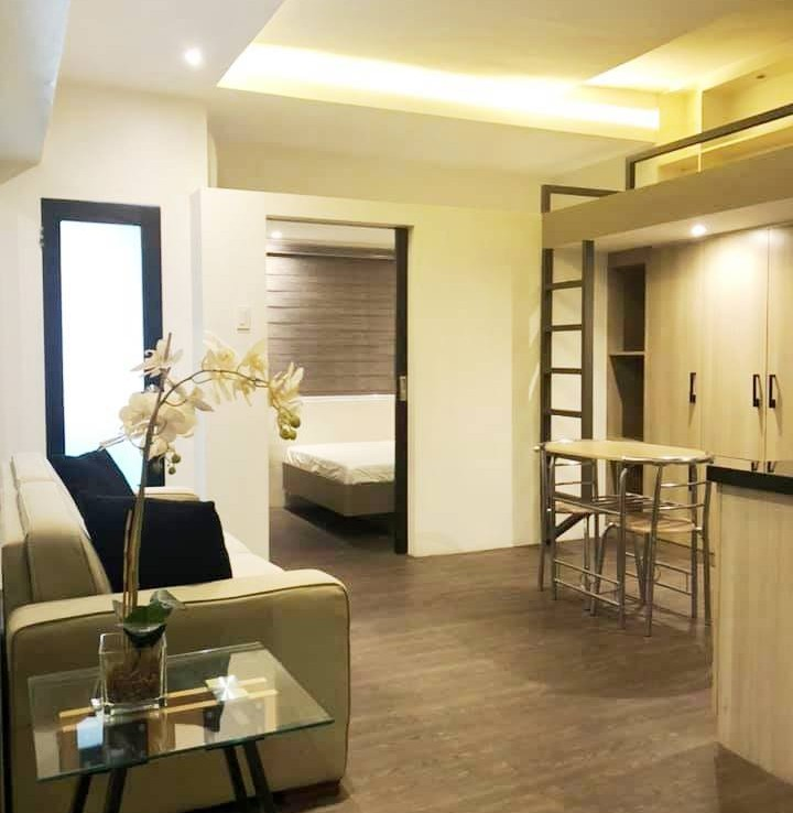 Prince plaza 1 bedroom Fully furnished greenbelt renovated Makati