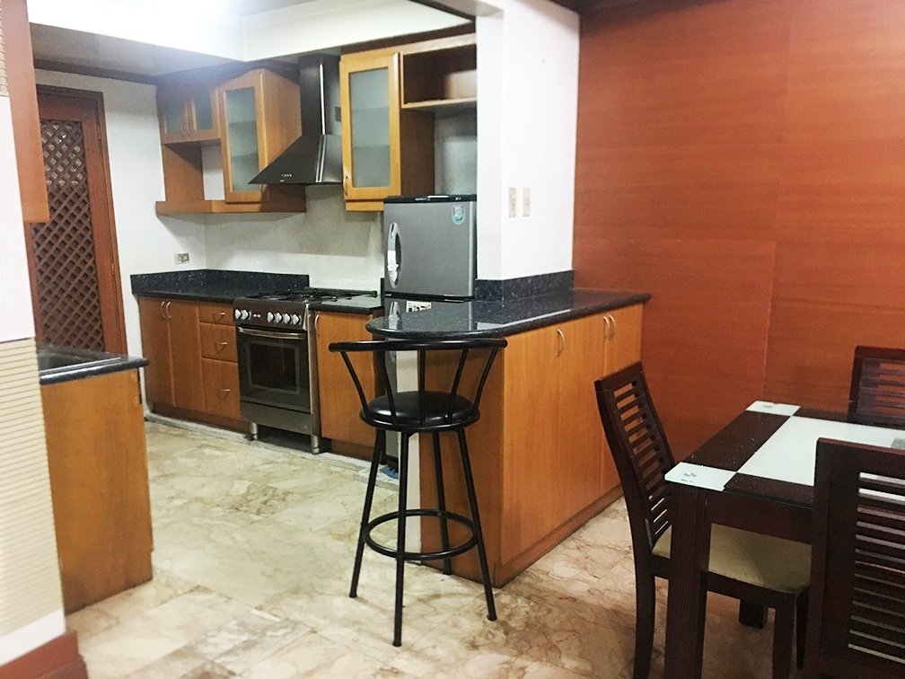 3BR Condo for Rent in Salcedo Village Fully Furnished at Heart Tower
