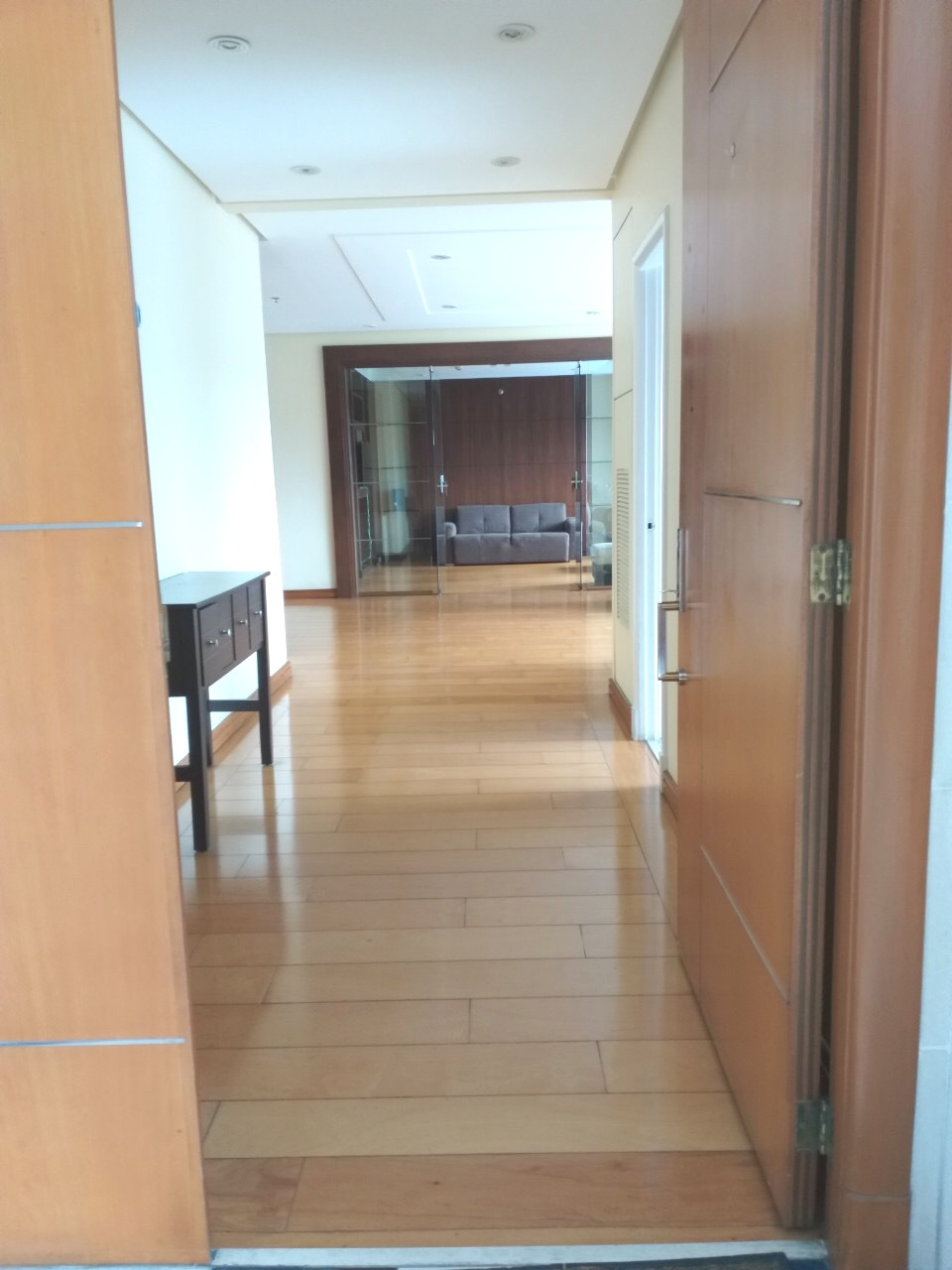 FOR LEASE BGC 3 BR at PACIFIC PLAZA NORTH TOWER LOW FLOOR FORT BONIFACIO, TAGUIG CITY