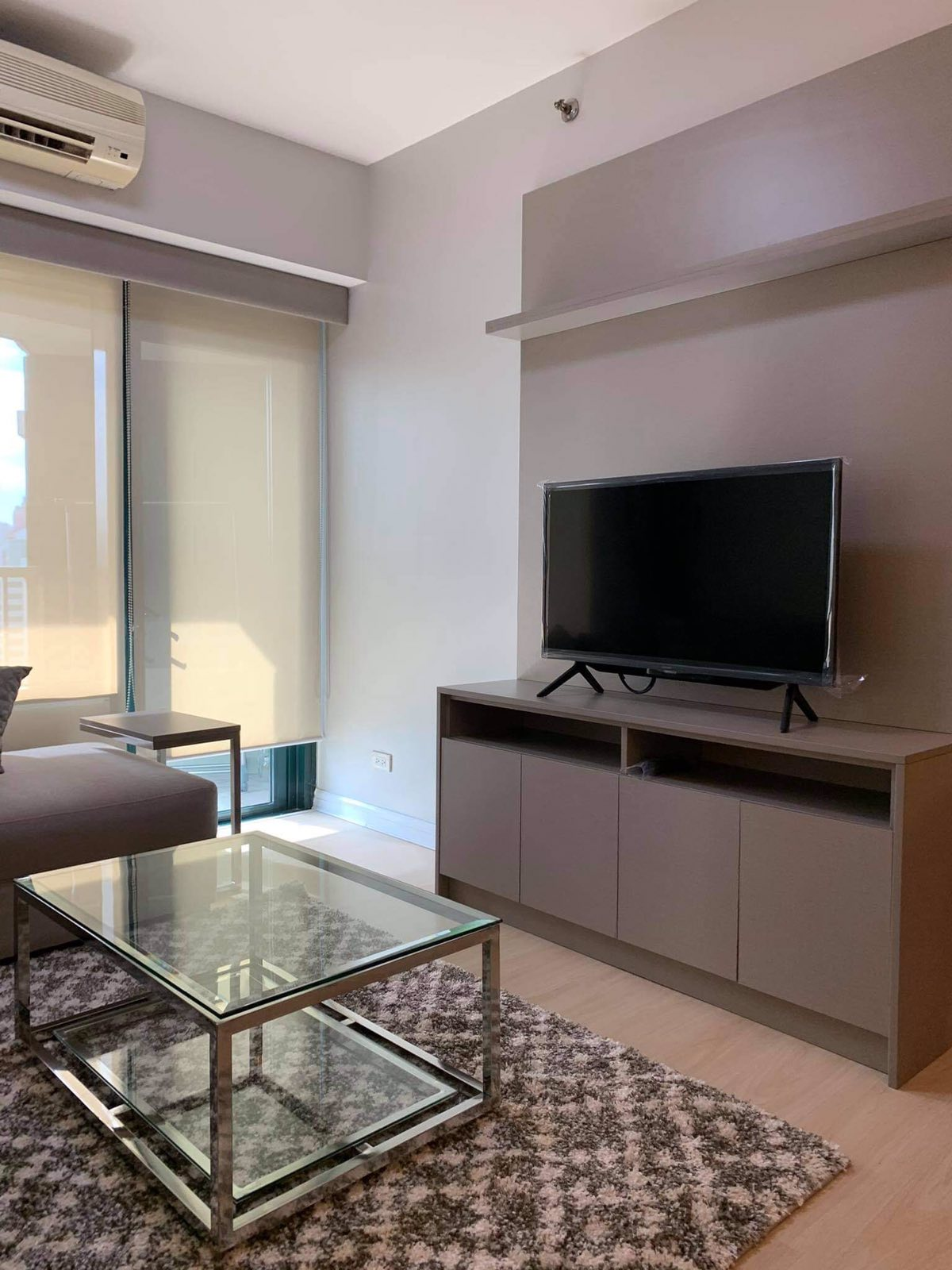 Apartments & Condos for rent in One Rockwell. ... One Rockwell. Makati. Fully Furnished 1 Bedroom for Rent at One Rockwell Makati