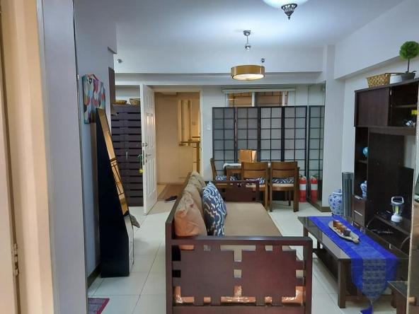 La Verti Residences 2Br Fully Furnished Condo for Rent or Sale