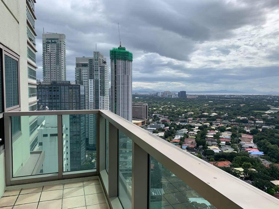 3 Bedroom Condo for Lease in The Residences at Greenbelt San Lorenzo Tower