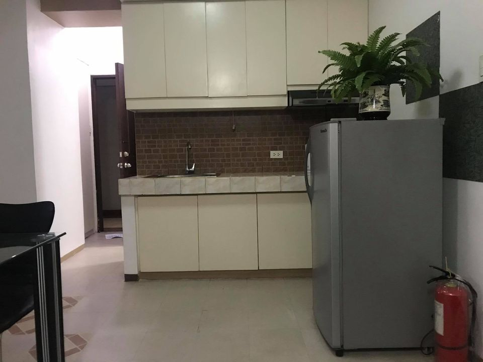 Cityland Pasong Tamo Tower Fully-Furnished studio type for rent in makati city
