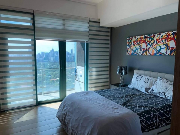 For lease 8Forbestown Road 3BR Condominium, BGC, Taguig City