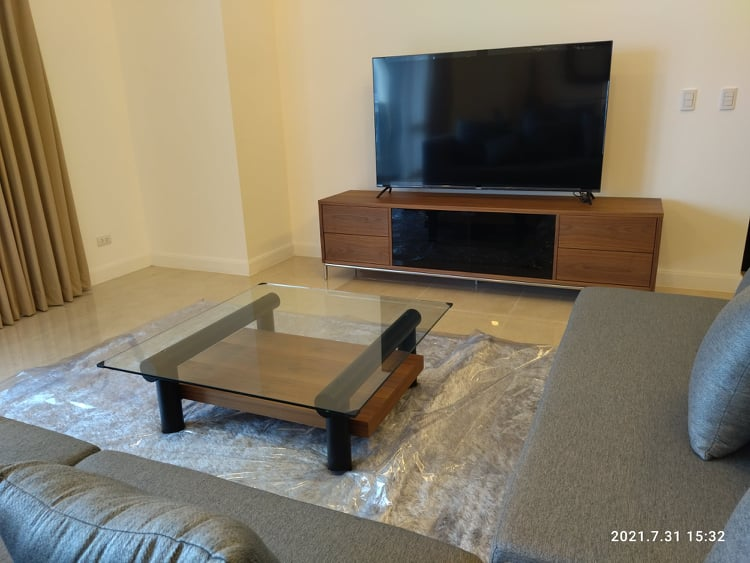 apartments & condos for rent in The Suites at One Bonifacio High Street, Taguig available for long term rent