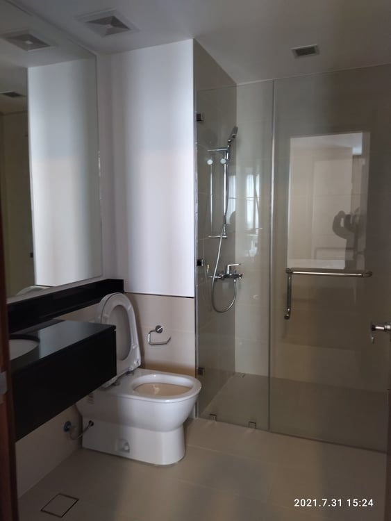 apartments & condos for rent in The Suites at One Bonifacio High Street, Taguig available for long term rent 4BR